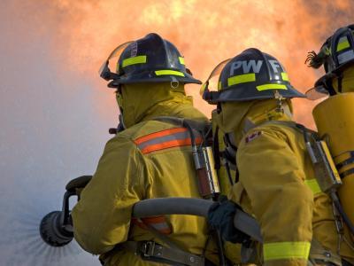 IN de brand, Uit de brand?